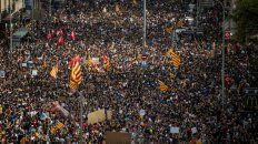 paro general y protesta masiva por la represion durante el referendum