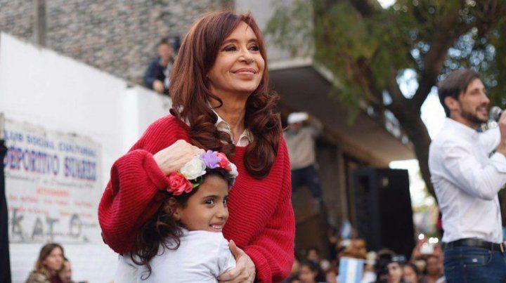 La ex presidenta advierte que quieren seguir dividiendo al peronismo