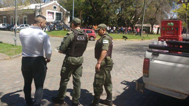 Gendarmería irrumpió en una actividad en la Siberia al cumplirse los dos meses de la desaparición de Santiago Maldonado. (Foto: FUR Rosario)
