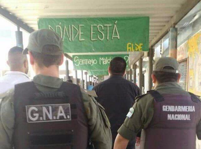 Gendarmería se metió en el Centro Universitario de Rosario en momentos en que había una actividad para reclamar por la desaparición de Santiago Maldonado. (Foto: FUR Rosario)