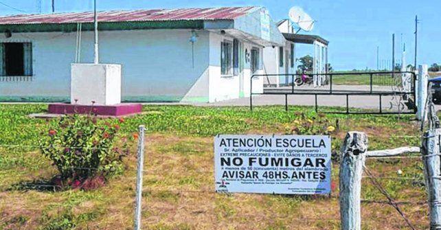 envenenados. La maestra y los alumnos de la escuela rural de Santa Anita sufrieron una seria intoxicación.