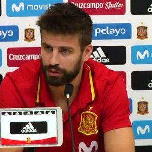 pique pidio dialogo en cataluna y dijo que seguira en la seleccion espanola