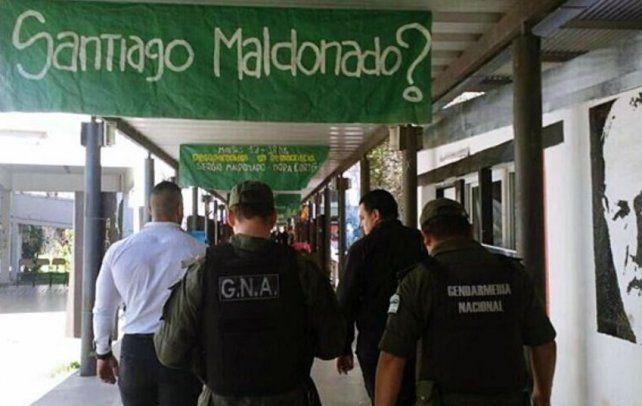 La Justicia confirmó que ordenó a Gendarmería buscar a un testigo que trabaja en la UNR
