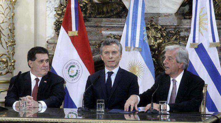 Argentina, Uruguay y Paraguay confirman postulación conjunta para organizar el Mundial 2030