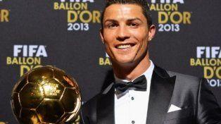 Cristiano Ronaldo subastó el Balón de Oro que ganó en 2013 por una causa benéfica