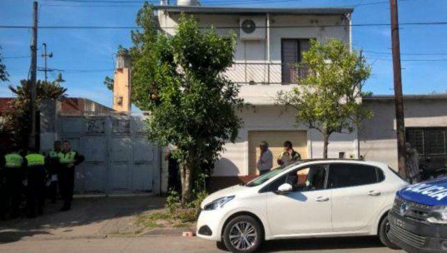 Una médica asesinó a sus hijos mientras dormían con un bisturí y luego intentó suicidarse