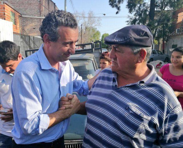 El candidato a concejal por el FPCyS fustigó duro a Roy López Molina.