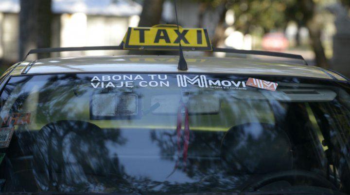 Los dueños de taxis dicen que en marzo pedirán un ajuste de tarifa.