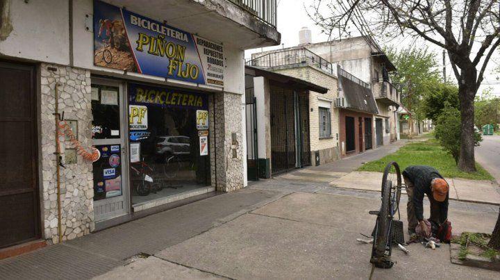 Empleado de Aguas Santafesinas resultó herido por ladrones que huían de un asalto