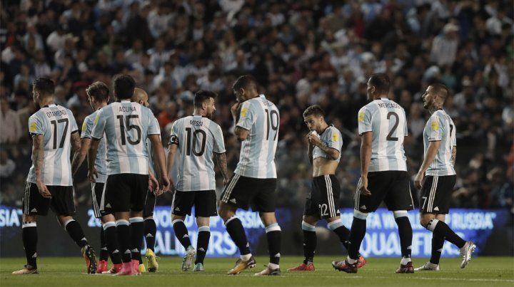 Desazón. Argentina empató ante Perú y quedó complicada para acceder a Rusia 2018.