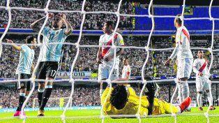 No quiso entrar. Argentina dilapidó chances claras. Otamendi se lamenta.