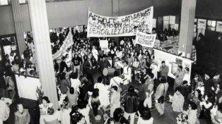 La ley federal fue resistida por los docentes con manifestaciones en todos los ámbitos de la educación.