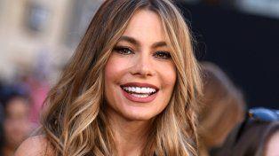 Una estrella hot de Hollywood hace caridad vendiendo sus tangas