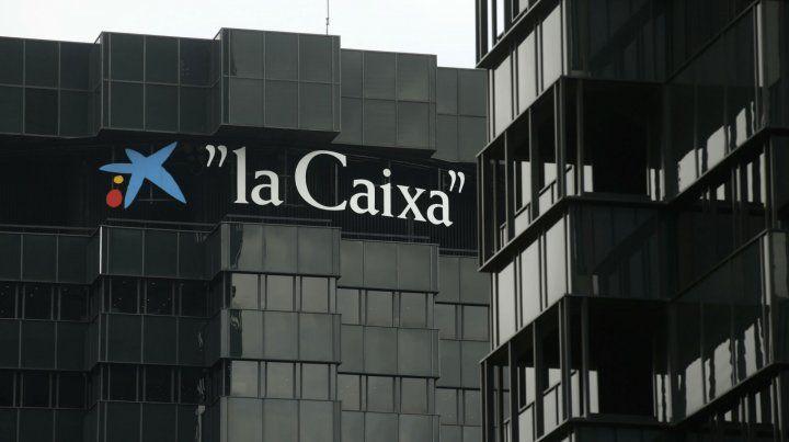 Sede central. La hasta hoy casa matriz de la Caixa en Barcelona. Las empresas temen el aislamiento.