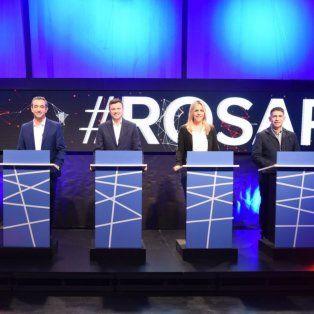 Roberto Sukerman, Pablo Javkin, Roy López Molina, Daniela León y Eduardo Trasante anoche en los estudios de Canal 3.