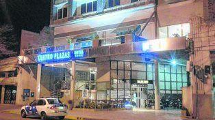 céntrico. El hotel en el cual ocurrió el lamentable episodio es propiedad del concejal Racca y sus hermanos.