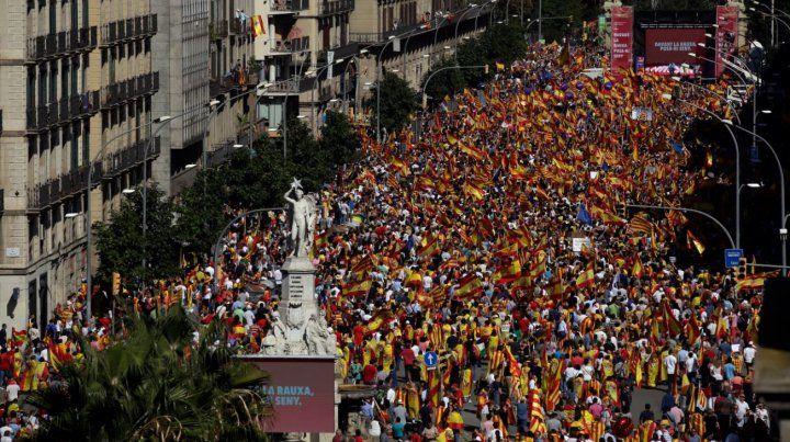 Tensión y presiones ante el posible anuncio de la independencia de Cataluña