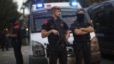 el gobierno espanol pide al presidente catalan que no haga nada  irreversible