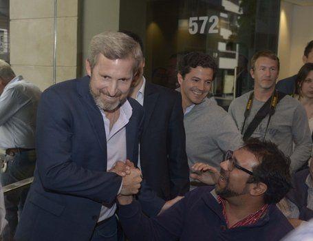 en campaña. Frigerio se reunió en Rosario con candidatos y dirigentes de Cambiemos.