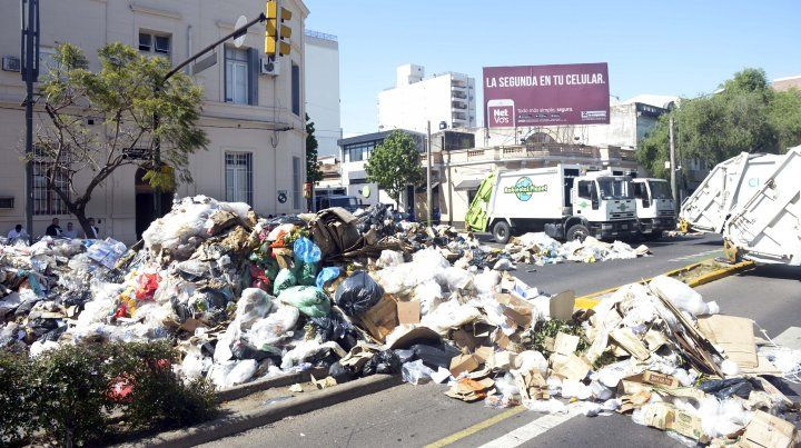 Lagos y Pellegrini con 24 toneladas de residuos.