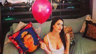 Lali Espósito celebró sus 26 años rodeada de amor, con globos y mucha fiesta