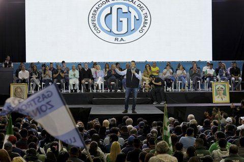 En obras. Massa criticó a Cristina Kirchner