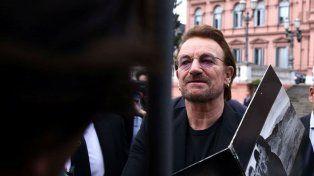 Bono visitó a Macri en el Casa Rosada.