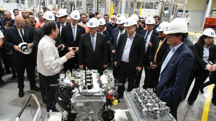 El gobernador Miguel Lifschitz asistió al lanzamiento de la nueva inversión de General Motors.
