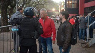 Giraudo dijo que la Comisión Directiva deber garantizar la seguridad y no ser terrorista