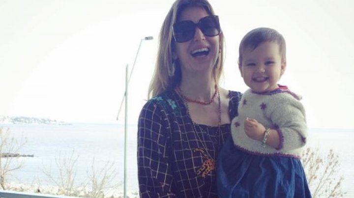 El flequillo con estilo rockanrolero que Dolores Barreiro le hizo a sus hijos