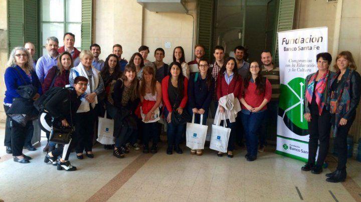 Los 18 becarios participaron de la instancia de transferencias con sus proyectos y expusieron los avances de sus investigaciones en temáticas de biotecnología moderna