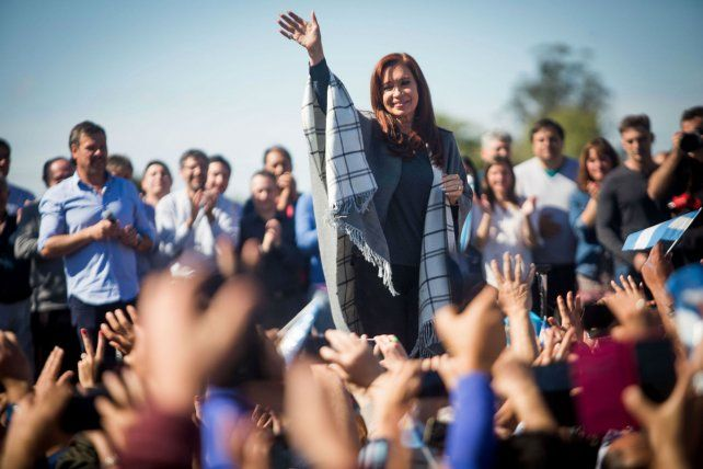 Contracoloquio. Cristina habló ante una multitud en Mar del Plata.