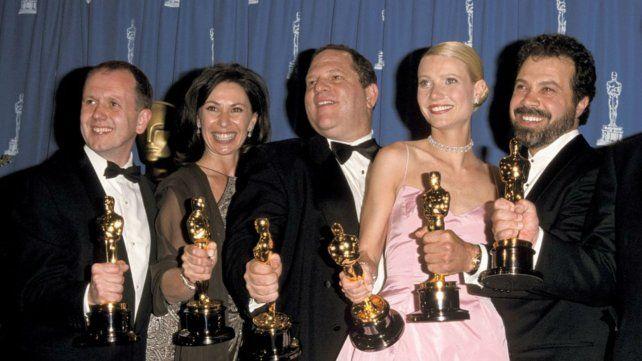 Harvey Weinsten (centro). La Academia nominó más de 300 de sus películas