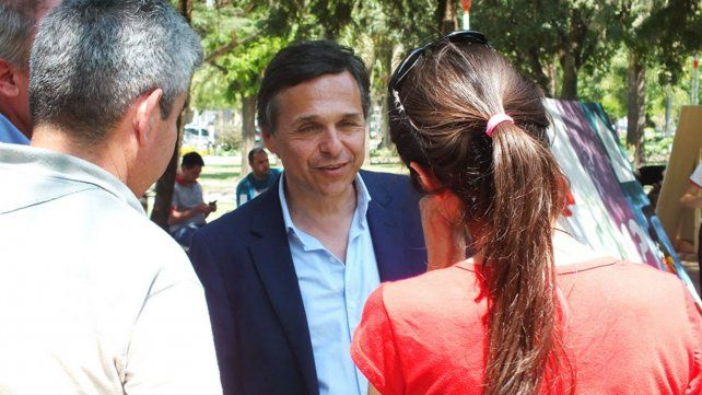 Cara a cara. Giuliano repudió la amenaza a periodistas.