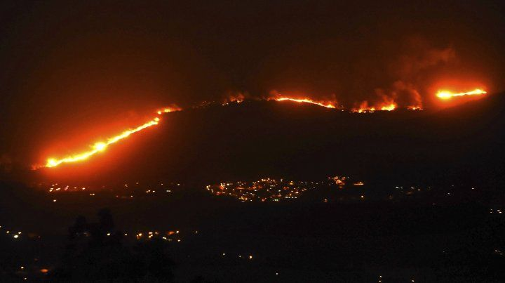 La imagen del voraz incendio.