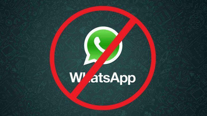 Fue a la Justicia porque lo eliminaron de un grupo de WhatsApp