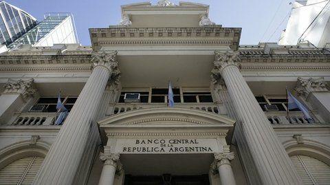tensión de precios. El Banco Central no encuentra el camino para cumplir su propia meta de inflación.