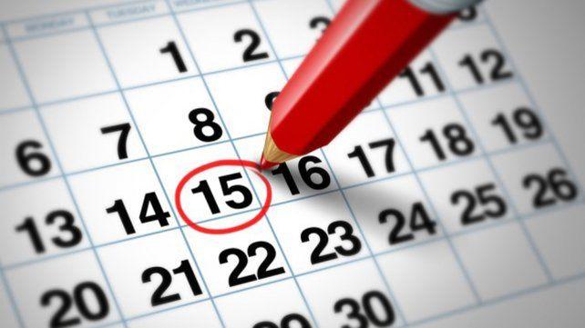 El gobierno promulgó la ley de feriados y serían dos los fines de semana extralargos