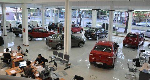 concesionaria. Para los nuevos dueños de los vehículos rigen dos cambios; en el título del automotor
