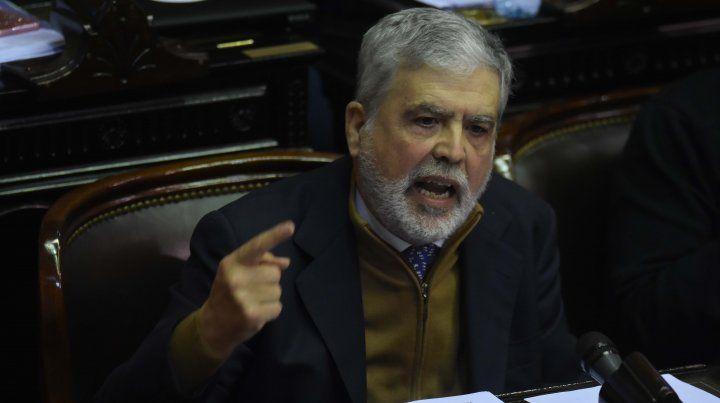 Bonadio procesó con prisión preventiva a De Vido y le trabó embargos por mil millones de pesos.