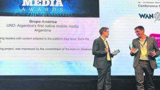 distinción. El reconocimiento recibido por el gerente Alejandro Lladó.
