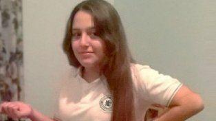 micaela ortega. La niña de 12 años desapareció de su casa engañada por el asesino, que intentó violarla.