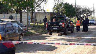 Un hombre mató a su pareja delante de su bebé e intentó quitarse la vida