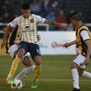 Pereyra se lució ante Alianza Sport, por la Copa Santa Fe. De yapa, marcó un gol en el Gigante de Arroyito.
