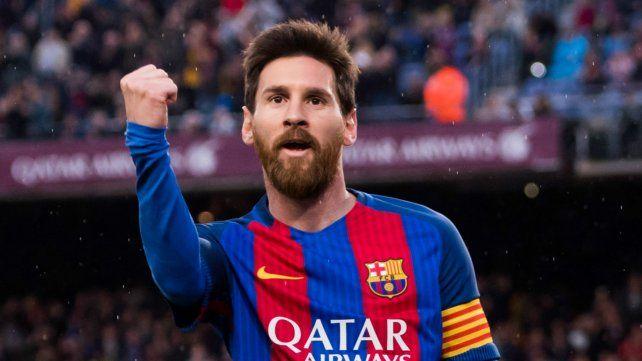 Messi renovó contrato por cuatro años en el club catalán.