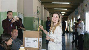 La primera candidata por la lista 100 por ciento femenina de Ciudad Futura votó en zona norte.