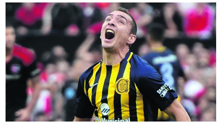 Hace rato. Ruben celebra su gol en el clásico ante Newells. Fue la última vez que gritó.