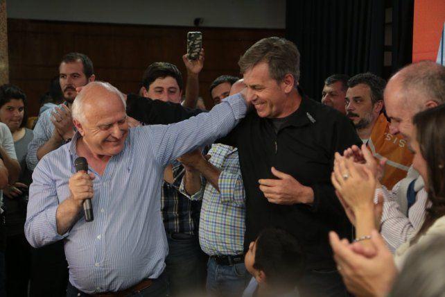 Jatón dio vuelta el mapa, fue el más votado en la capital provincial y Lifschitz se sumó a los festejos