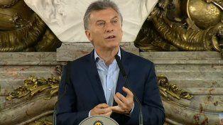 No hay que tener miedo, reformarse es crecer, dijo Macri el día después del triunfo