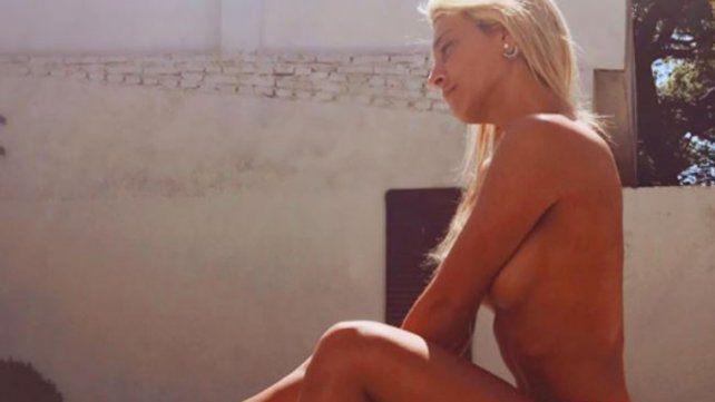 Sol Pérez deslumbró con un topless al sol para dejar atrás la jornada electoral